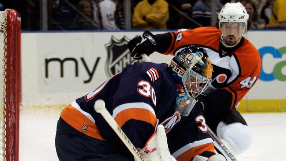 Former Philadelphia Flyers' Brian Savage is one of the players suing the National Hockey League over its handling of concussions.