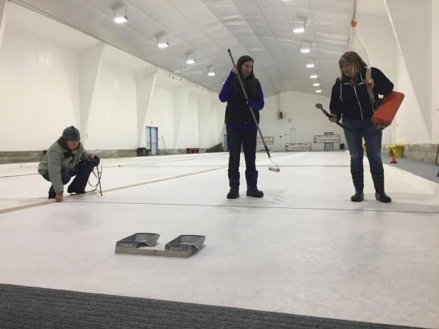 Valemount curling