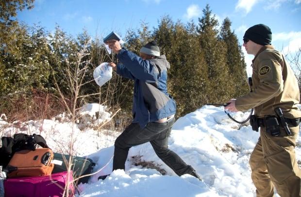 CANADA-REFUGEES/