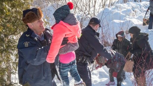 Cda US Border Refugees 20170217
