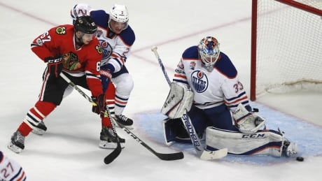 Talbot Helps Oilers Cool Down Blackhawks To Take Season Series (video)
