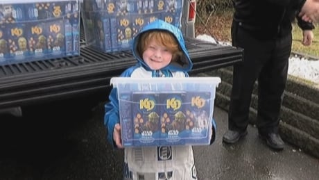 More than 400 boxes of limited-edition Kraft Dinner arrive for B.C. boy with autism