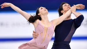 Olympic sports roundup: Virtue & Moir lead Canadian medal haul