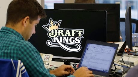 Gambling expert calls on provinces to step into daily fantasy sports arena