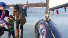 Ice sailing at Waskimo
