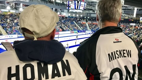 curling-dads-1180