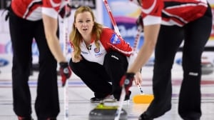 Team Canada's Chelsea Carey wins 3rd-place battle at Scotties