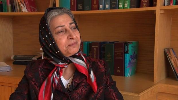 Roghayeh Azizi Mirmahaleh