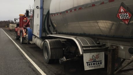 OPP tractor-trailer dual wheel falls off Highway 401 Feb 24 2017