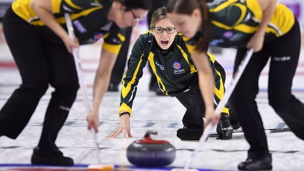 Homan and Ontario pull out Scotties thriller