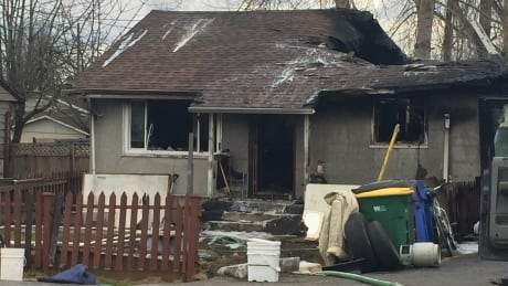 Dozens of firefighters can't save Surrey, B.C. house from fire