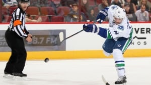 Canucks trade Alex Burrows to Senators for Swedish prospect