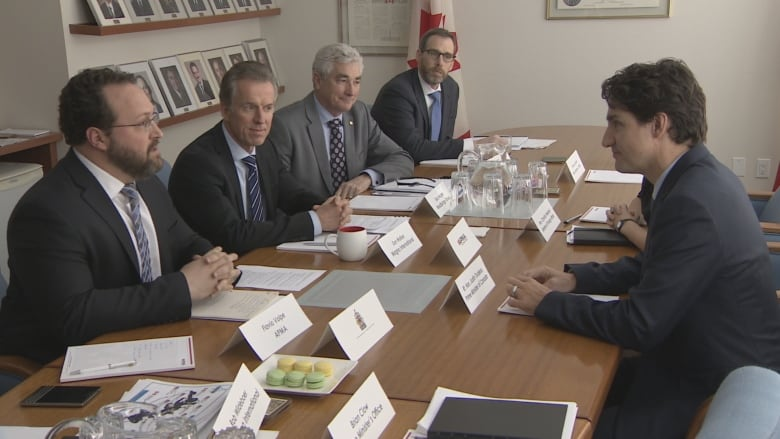 Justin Trudeau meets with automotive parts manufacturers