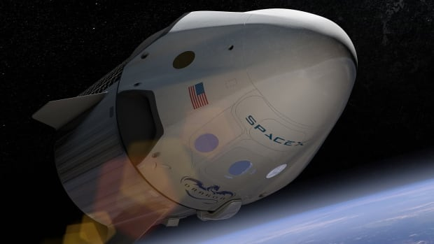 SpaceX announced that it will carry two space tourists around the moon by 2018.