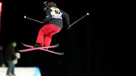 Freestyle Ski Cassie Sharpe