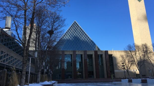 LRT, Yellowhead Trail featured in Edmonton's 2019-22 capital budget