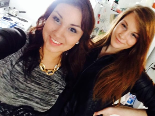 Selfie helps convict woman of strangling best friend