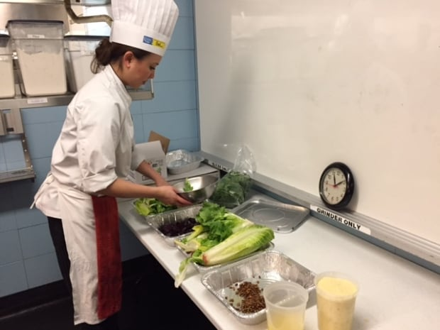 student packages food