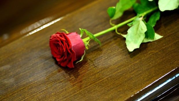 Planning a funeral can be a challenge, but experts say asking the right questions can make the process go more smoothly.