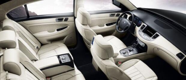Hyundai Prada Interior
