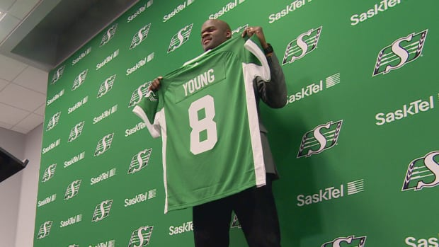 Vince Young will wear number 8 with the Roughriders.