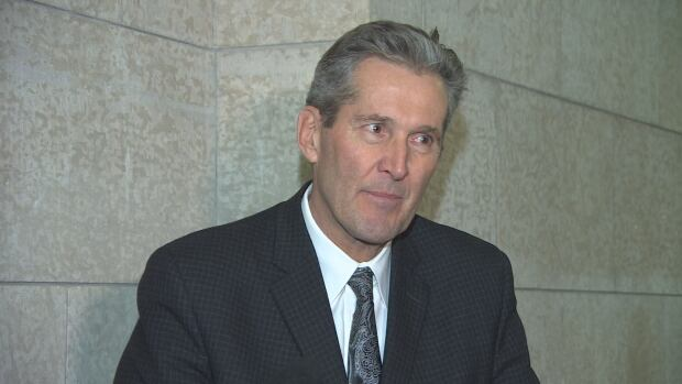 Manitoba Premier Brian Pallister says the province can hold out for a better health-care funding deal that will also benefit other provinces.