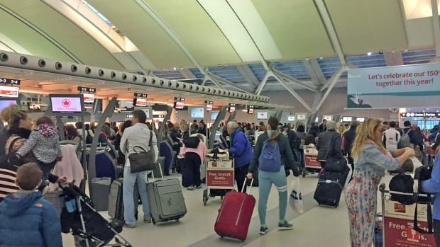 The Liberal government is still actively considering the sale of federal airports, including Toronto's Pearson International, which has been valued at up to $6 billion.