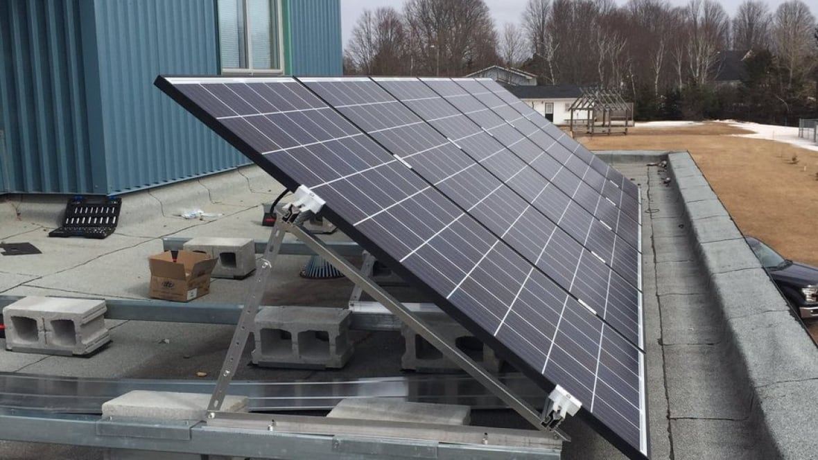 Solar panels installed at eliot river elementary prince for Solar installers canada