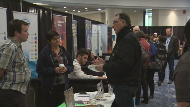 what to say at a job fair