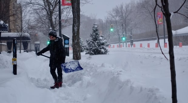 snow montreal 13