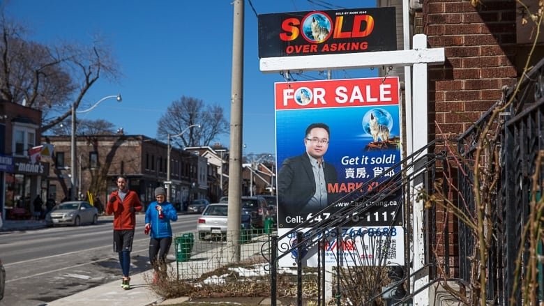 New stats show fewer foreign residents buying GTA homes