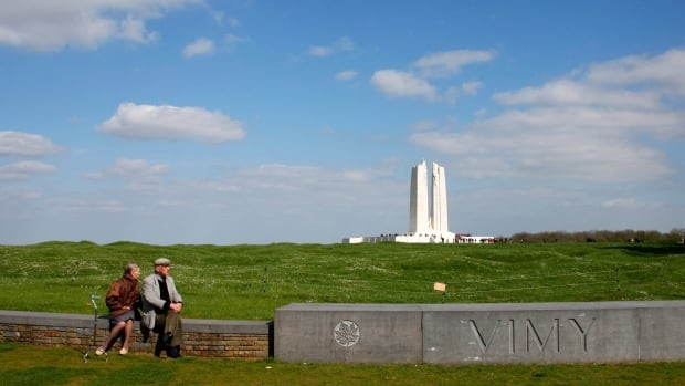 Veterans Affairs is expecting upwards of 25,000 Canadians at Vimy Ridge to mark the battle's 100th anniversary.