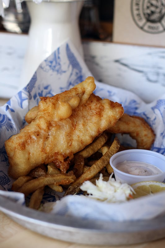 Grandin Fish 'N' Chips reels 'em in with 'perfectly cooked