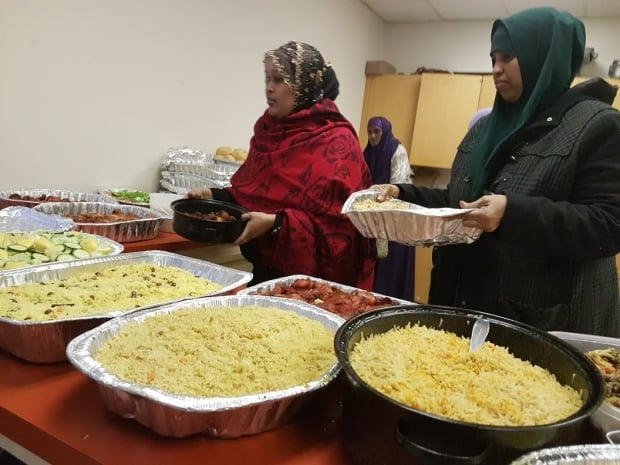 Somali dinner for asylum seekers Winnipeg