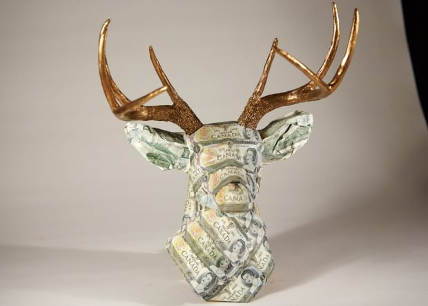 money taxidermy buck