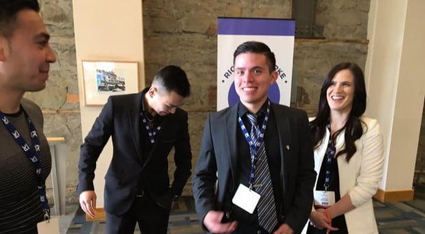 Youth delegates at PC leadership convention decline invitation to join group photo