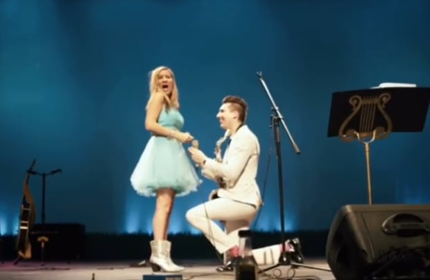 Rosemary Siemens' fiance proposes on stage at concert