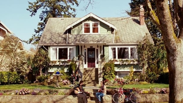 This house on West 36th Avenue in Vancouver was used in the 2007 movie Juno.