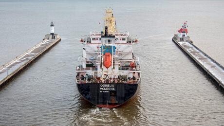 US-Stranded-Ship