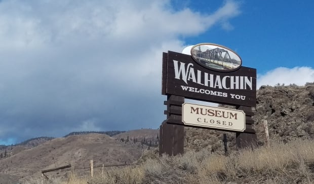 Walhachin welcome sign