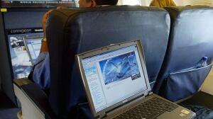 Canada still studying U.S., U.K. bans on in-flight electronics