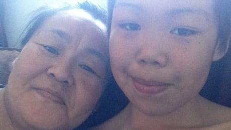 Geela and Ileen Kooneeliusie Qikiqtarjuaq Nunavut