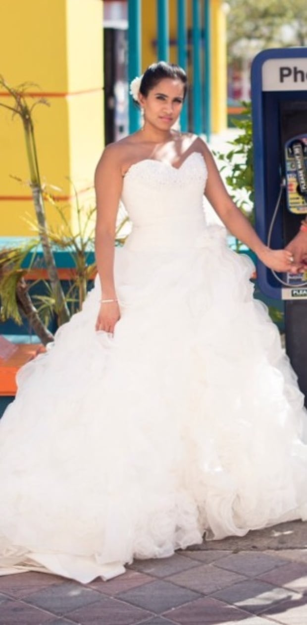 bride left gownless after shop suddenly closes