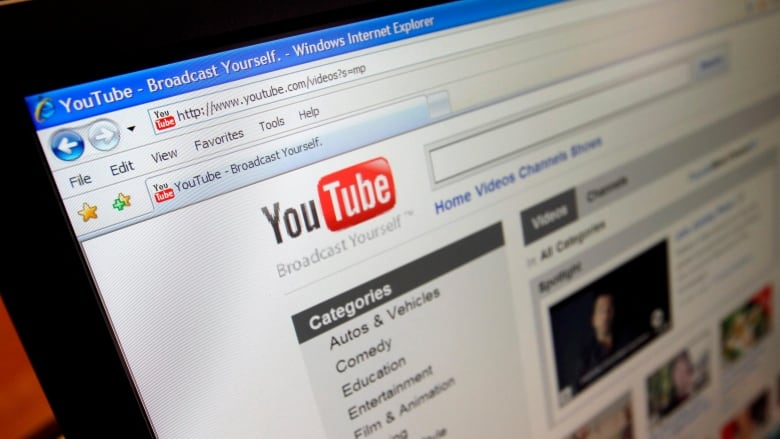 Google's YouTube losing major advertisers upset with videos | CBC News