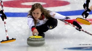 Rachel Homan stays perfect, advances to final of curling worlds