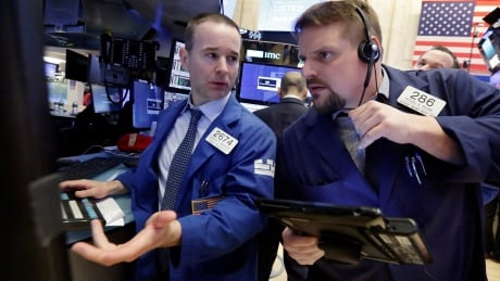 Dow Jones loses 600 points as concern over rate hikes sets in