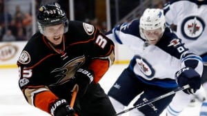 Ducks shut down Jets to pull away from Oilers in playoff race