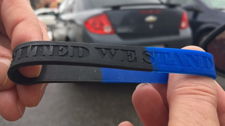 Police solidarity wristband
