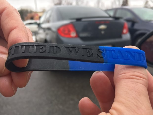 Police solidarity wristband