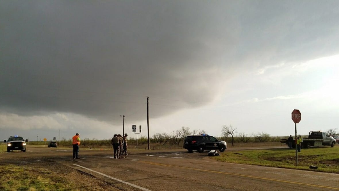 Tornado chasers in Texas crash vehicles, 3 people killed